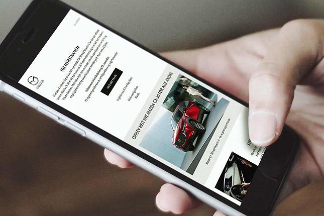 Invitation via e-mails til lancering af en ny Mazda